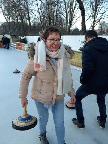Mitarbeiter bei Wintersport Spielen