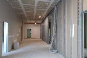 Innenausbau langer Raum
